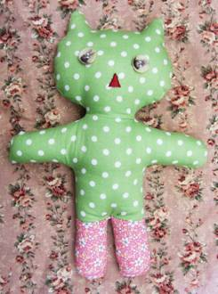 Free Bunny & Cat Doll Pattern